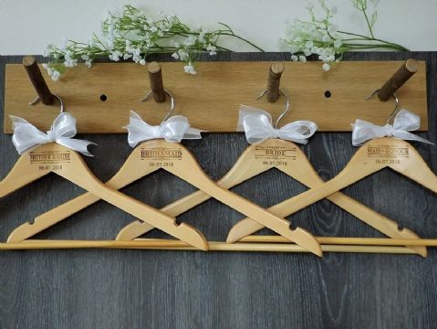 Personalised Wooden Bridal Wedding Hangers Set of 7 with Bow - Scroll